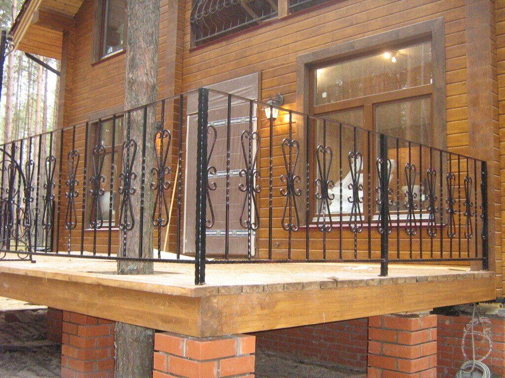 Ограждения перил и балконов.